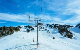 免費滑雪!疫情下全國多地雪場推出優惠刺激培育市場